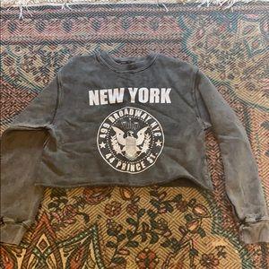 Cropped New York sweatshirt